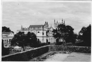 view-of-hospital-late-1950s