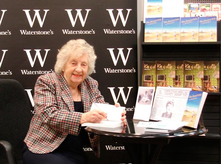 Morag-book-signing